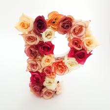 Letra Floral P